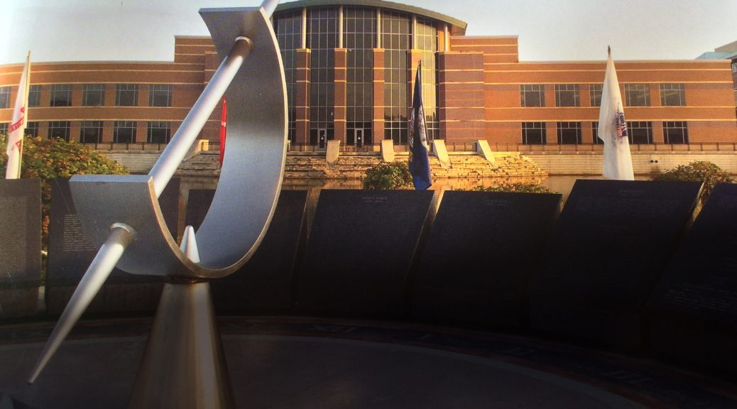 Photo of DuPage County Courthouse